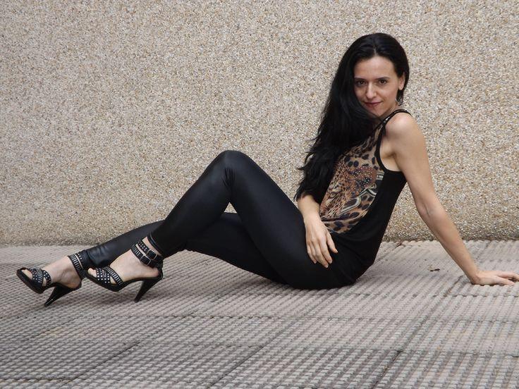 Nuevo outfit en nuestro blog!! http://www.vicestilo.com/blog/saca-tu-lado-rockero