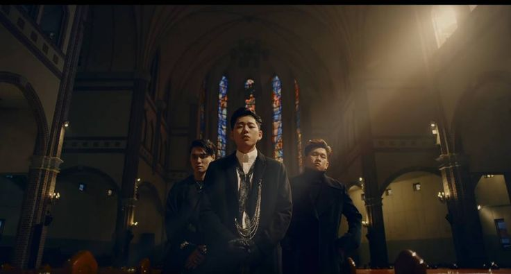Zico releases 'Bermuda Triangle' featuring DEAN and Crush http://www.allkpop.com/article/2016/11/zico-releases-bermuda-triangle-featuring-dean-and-crush