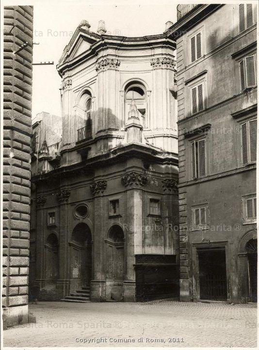 Foto storiche di Roma - La Chiesa di Santa Rita in Via Giulio Romano prima delle demolizioni