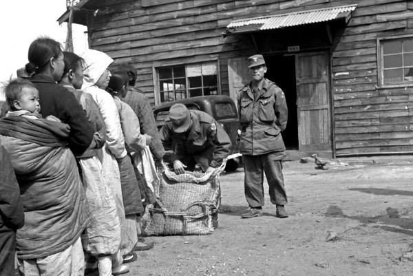 By United Press International On Dec. 28, 1950, advancing Chinese troops crossed the 38th Parallel, dividing line between North and South…