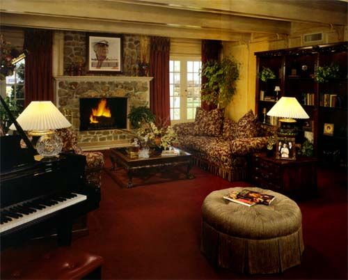 Jock ewing 39 s living room tours trail rides pinterest living rooms for The parkers tv show living room