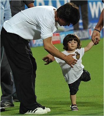 SRK with son AbRam