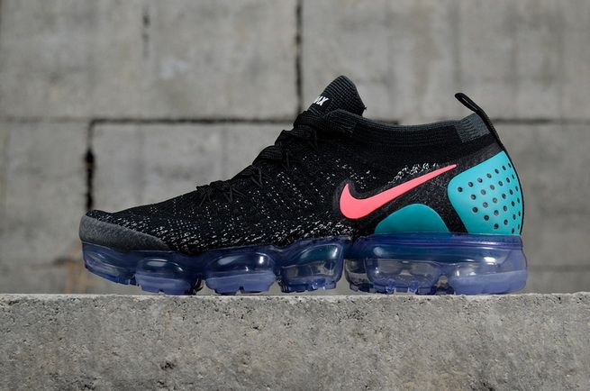 02b92f729a2a Nike Air Vapormax 2018 Flyknit 2 Black Hot Punch White Dusty Cactus  942842-003
