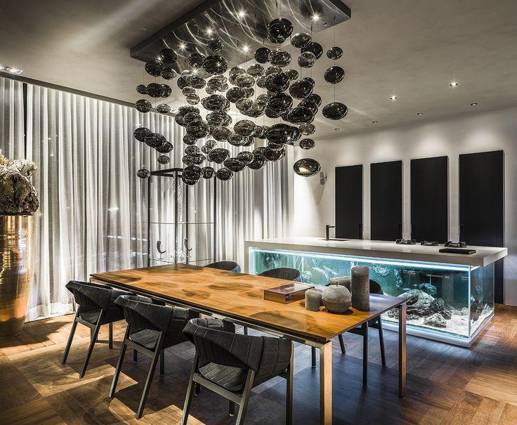 Boardroom van Robert Kolenik bij Maretti