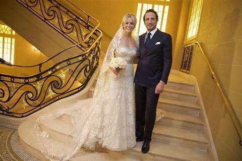 Trouwdag van Chantal Janzen en Marco in Londen. Foto © ANP, Bruno Press e.d. Wat een plaatje! 15-12-2014.