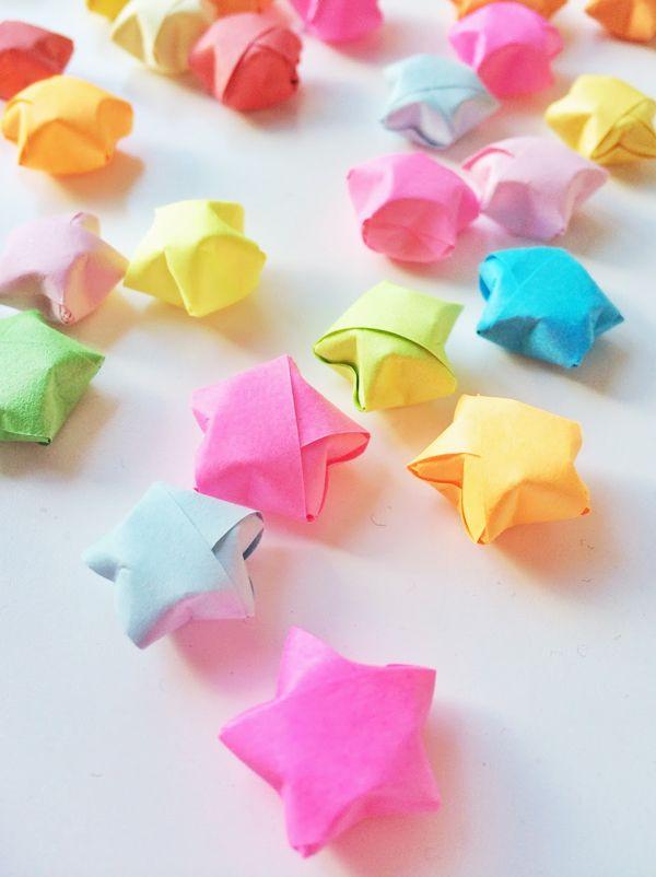 Comment faire des toiles en origami lucky star origami fun or - Comment faire des origamie ...