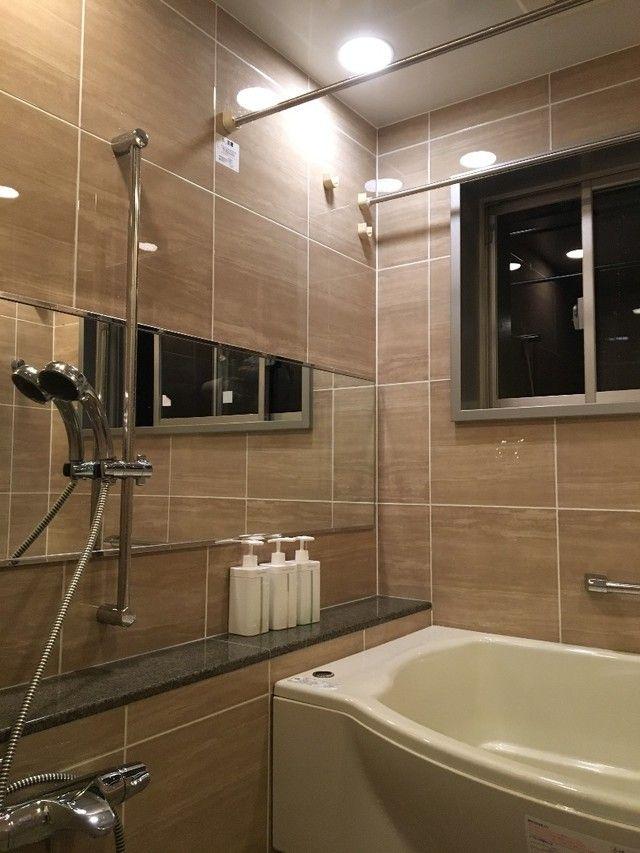 もう面倒じゃない 天井や壁まであっという間に終わる スポンジいらずのお風呂掃除 Limia リミア 風呂掃除 コーナーバスタブ お風呂