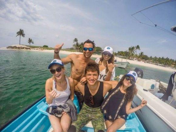 Pas plate être en vacances avec Jennifer Lawrence au Mexique! | HollywoodPQ.com