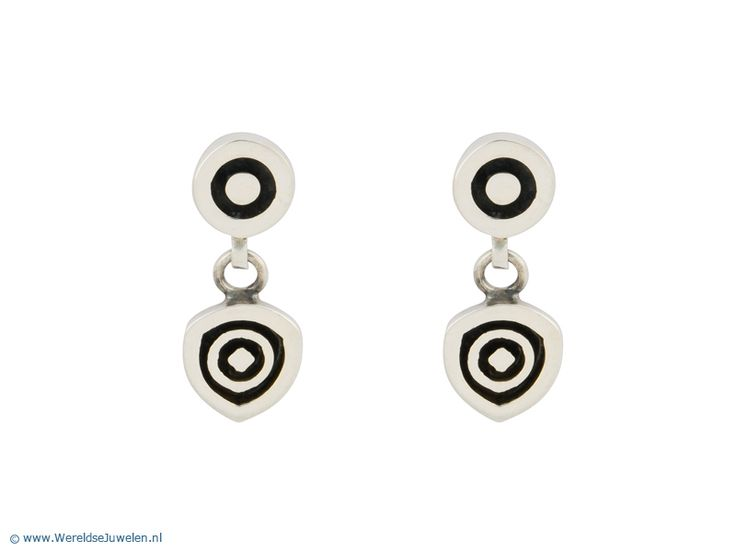 Mexicaanse zilveren oorbellen met geoxideerde details