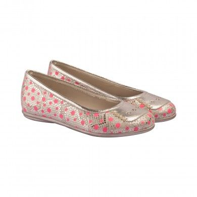 Print Ballerinas - Polka   These ballerinas for girls - white with metallic overtones, and a printed polka pattern running through to create this funky pair.