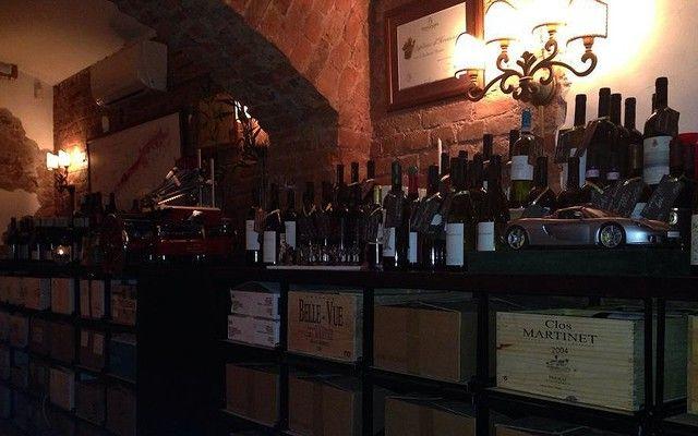 Лучшие винные бары Петербурга