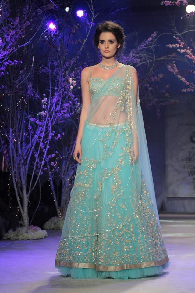 Simple, pale, elegant lehenga jyothsna tiwari india bridal fashion week #wedmegood