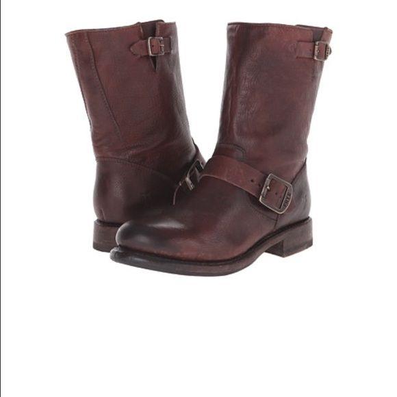 Frye Shoes - Frye Veronica Short Boot