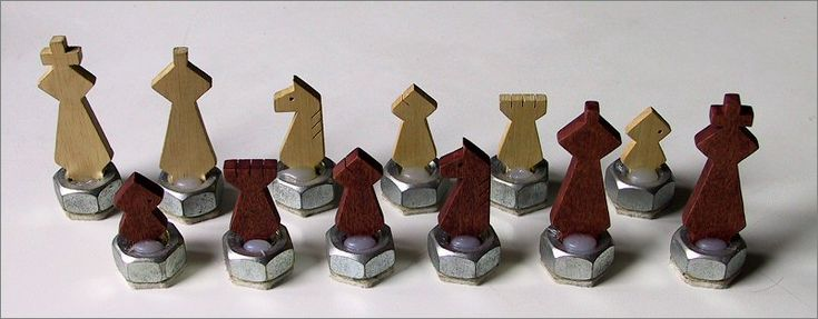 Legno scacchi pezzi