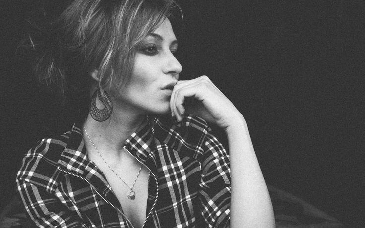 Narsistivanhemman aikuinen lapsi ei uskalla tuntea ja näyttää vihaa – Terapeuttinen keskusteluapu, Jenni Kinnunen