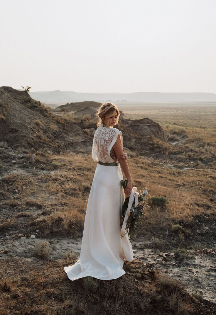 Boho wedding dress - boho bridal - boho wedding inspiration - desert wedding - photography by Jackie Hall Photography Regina, SK