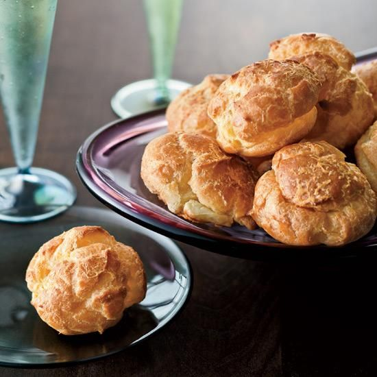 Cheddar Gougères | Cabot Clothbound Cheddar gougères are perfect on New Year's eve with cava.