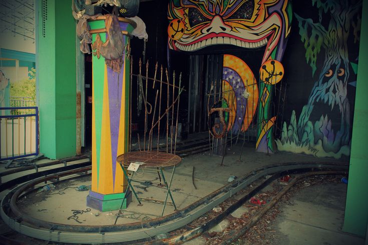 Six Flags New Orleans, abandoned after hurricane Katrina
