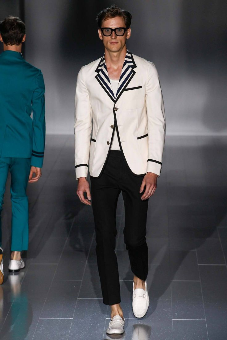 Gucci - Spring 2015 Menswear - Look 6 of 37?url=http://www.style.com/slideshows/fashion-shows/spring-2015-menswear/gucci/collection/6