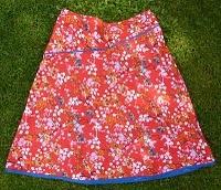 De rok die iedereen past - ook mij? Burda van 2006/3, blz. 32, patroon 105B