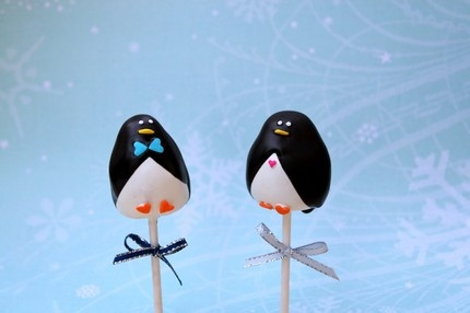 Who wouldn't love an edible penguin?: Ideas, Cake Pops Cakes Cupcakes, Food, Recipes, Penguins, Penguin Pops, Christmas Cake Pops, Penguin Cakes, Penguin Cakepops