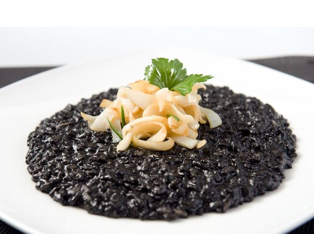 risotto nero di seppia - Risotto with squid ink
