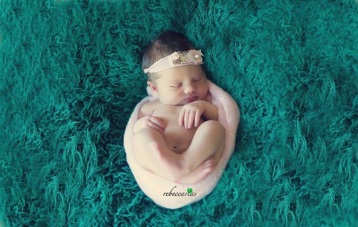 www.rebeccarias.com Sesión de recién nacido