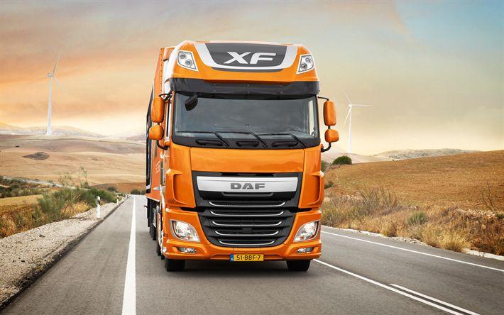 Lataa kuva DAF XF, 2017, Euro-6, Uudet kuorma-autot, oranssi daf, tie, rekkaliikennettä
