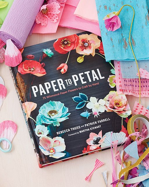 4 Beautiful Paper Flower Projects from Thuss Farrell's book 'Paper to Petal' - with FREE printable downloads! - http://www.sweetpaulmag.com/crafts/4-beautiful-paper-flower-projects-from-thuss-43-farrells-book-paper-to-petal-with-free-printable-dow #sweetpaul: