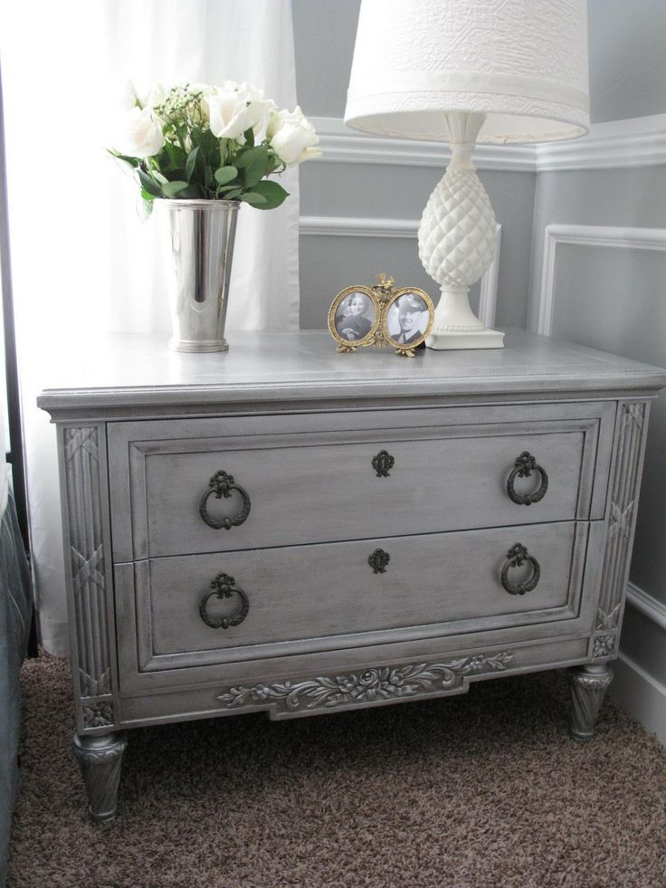 mirrored night stands | Little Miss Penny Wenny: Faux Mirrored Metallic Night Stands