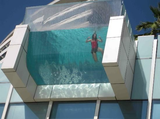 Intercontinental dubai festival city nice glass bottom for Pool design dubai