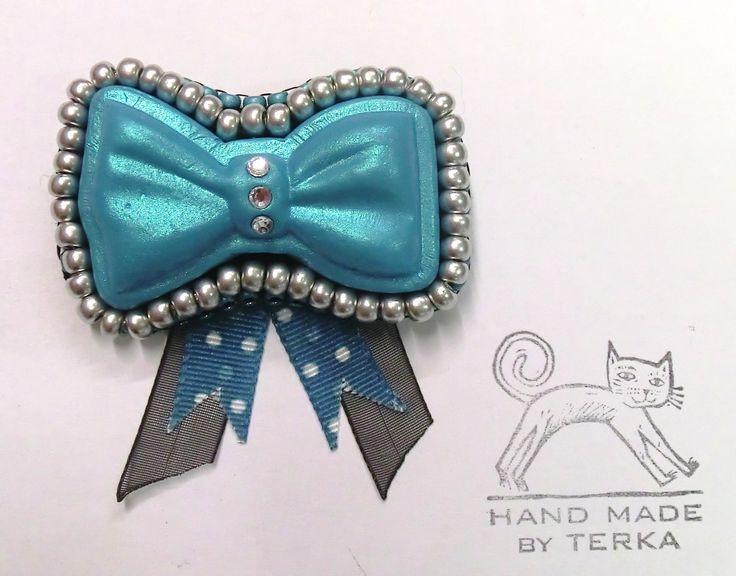 Bow brooch pin polymer clay
