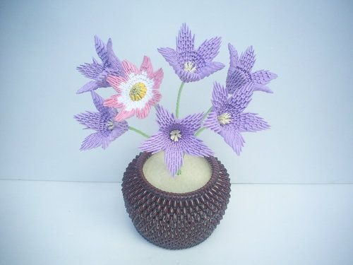 17 best images about 3d origami on pinterest peacocks for Bucket of flowers papercrafting
