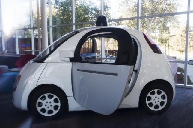 http://www.smarttechtoday.com/google-to-test-self-driving-cars-in-kirkland-washington/9417/ Google's self-driving car project is now on expansion mode. It has reached to Kirkland of Washington to test in a wetter environment.
