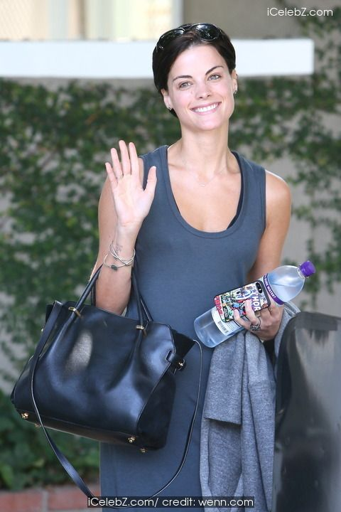 Jaimie Alexander Leaving a cafe on Melrose Place http://icelebz.com/events/jaimie_alexander_leaving_a_cafe_on_melrose_place/photo2.html