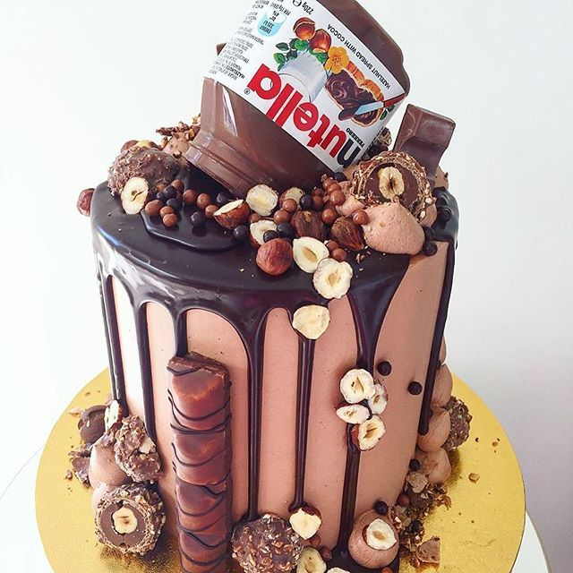 Crazy Extreme Nutella Chocolate Drippy Cake. Wow!