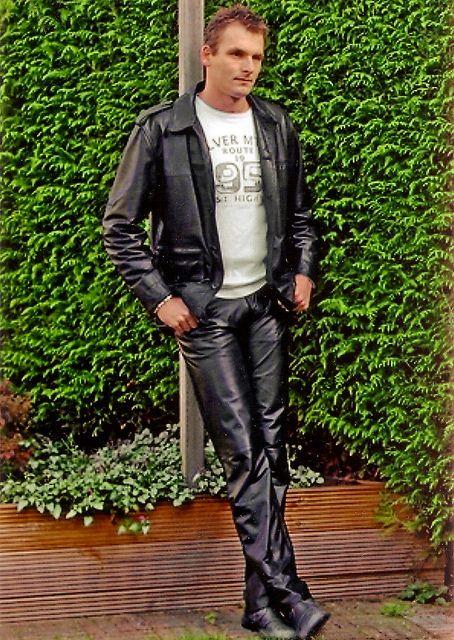 Потные интенсивные настоящие мужчины, guysinleather: мои кожаные штаны по…