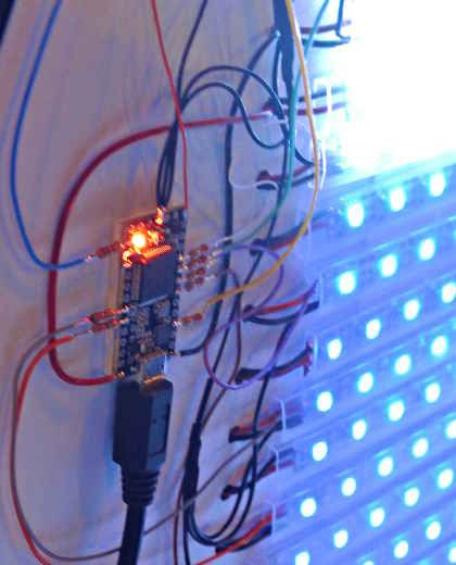 OctoWS2811 LED Library - Building huge displays with LED strips