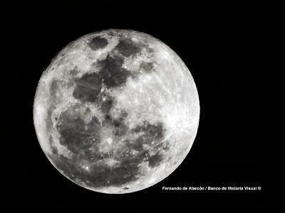 Eclipse lunar penumbral, esta noche... / Penumbral lunar eclipse, tonight...