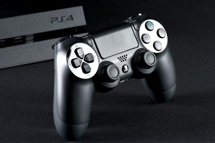 PS4 Slim actie; PlayStation 4 met 2 controllers
