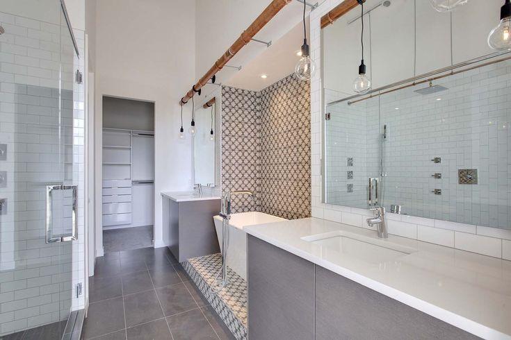 Minor height change also defines bath space
