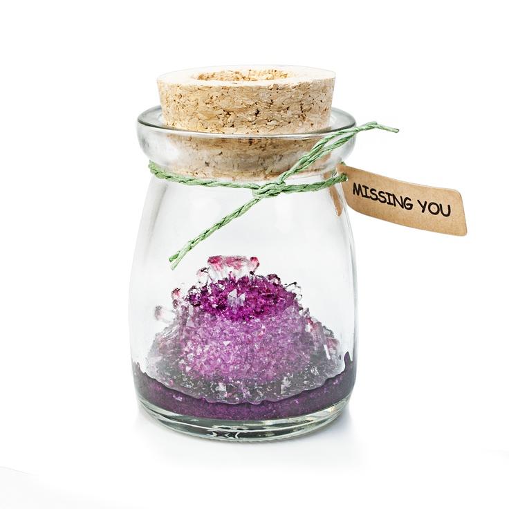 Das Crystal Wish Jar ist eine tolle Alternative zu einer Grußkarte. Mit dem Wunschglas könnt ihr einen Kristall selber züchten. http://www.megagadgets.de/crystal-wish-jar.html