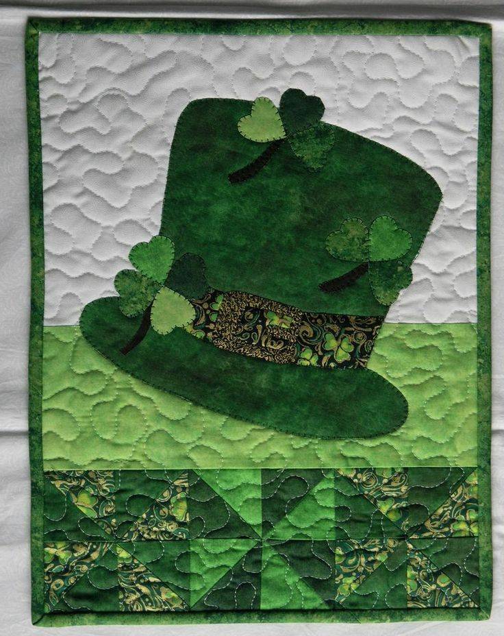 Handcrafted Quilted Appliqued Wall Hanging-ST PATRICK'S DAY SHAMROCK TOP HAT