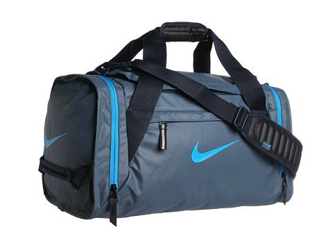 7cce03ded6d0 Nike Ultimatum Max Air Small Duffel - I need a new gym bag. I d like a  duffle with side pockets for shoes and sweaty clothes. Sort of like this…