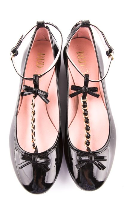 Bow flats. I NEED these