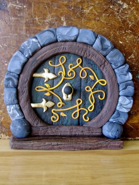 Creator's Joy: Hobbit Doors out of Fimo or Sculpey: polymer clay fairy house OMG!!!! @Chelsea Freeman
