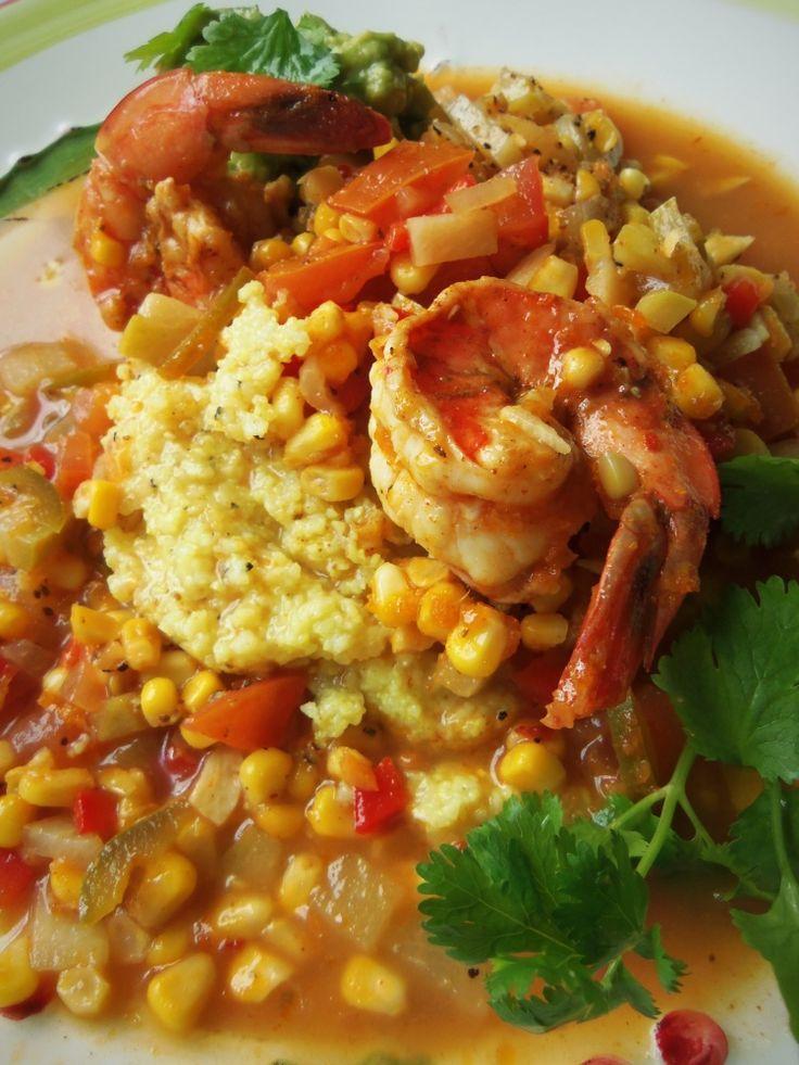 Sémola de Maíz con Camarones (Shrimp n Grits with Fresh Corn & Chayote) - Hispanic Kitchen