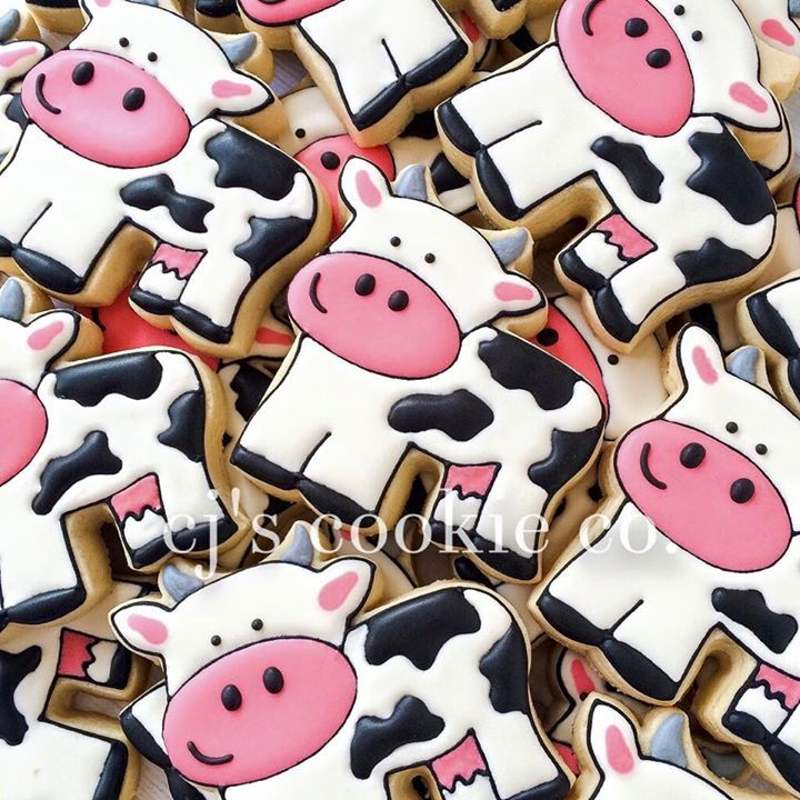 Farm Party ~ cow cookies from CJ's Cookie Co.