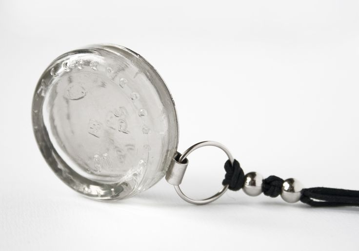 0.5 ml of recycled glass - necklace