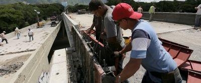 Atento que la autopista Fajardo cerrará este domingo por colocación de vigas de Puente Independencia